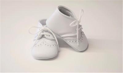 Fior Di Coccole - Babyschoentjes wit met vetertje