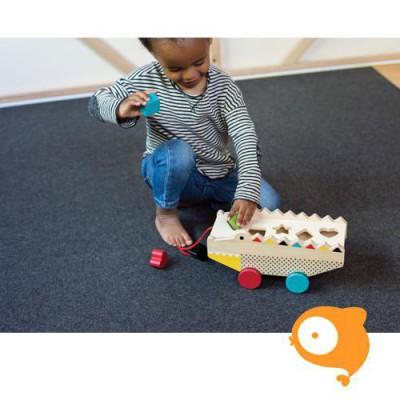 Petit Collage - Houten speelgoed - Trekfiguur met sorteerkist alligator