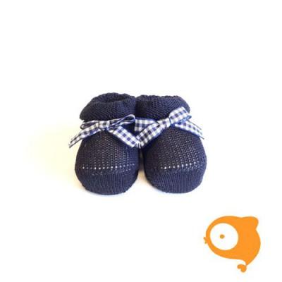 Fior di Coccole - Gebreide sokjes donkerblauw met geruit strikje Newborn (Katoen)