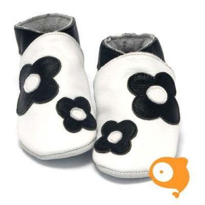 Baby Dutch - Slofjes flower power zwart wit