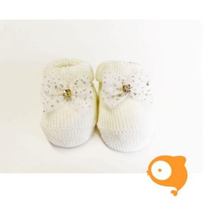 Fior di Coccole - Gebreide sokjes ecru met glitterstrikje Newborn (wol)