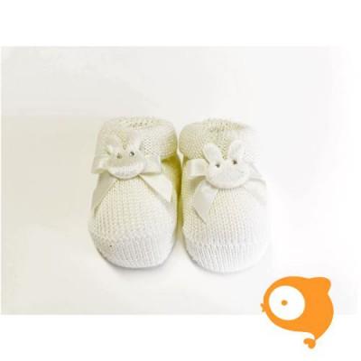 Fior di Coccole - Gebreide sokjes ecru met konijntje Newborn (wol)