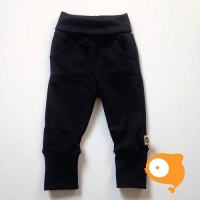 Wooden Buttons - Zwart broekje met zakjes