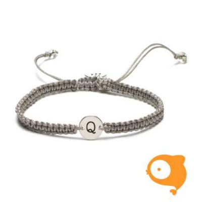 Proud Mama - Armband met initiaal Q